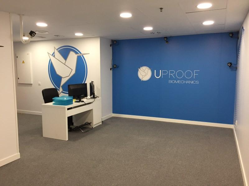 Uproof abre su primer laboratorio en la Clínica Santa Elena de Madrid